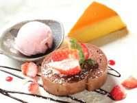 季節限定☆チョコ&苺のロールケーキ