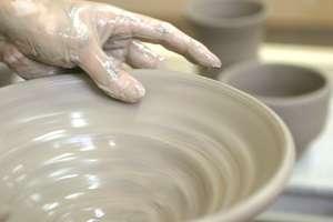 陶芸体験 ろくろアップ写真